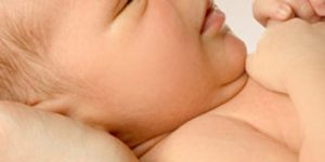 İlk 6 ay bebek bakımı püf noktaları ve bilgiler
